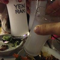 Foto scattata a Neighbours Restaurant da Beyza Ö. il 7/11/2013