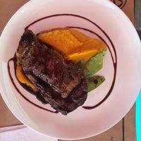 Foto tirada no(a) Jui Restaurante por Lucimara G. em 12/2/2014