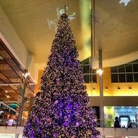 Foto tirada no(a) Mall Multiplaza Pacific por Victor S. em 12/4/2012