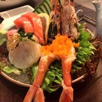 Foto tirada no(a) His Place Japanese Resturant por Isara T. em 2/7/2015
