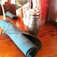 รูปภาพถ่ายที่ Olive Garden โดย Taylor D. เมื่อ 4/6/2013