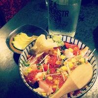 Das Foto wurde bei Sea Monstr Sushi von nneale am 7/3/2013 aufgenommen