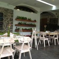 Foto tirada no(a) Hotel Boutique Casa Fernanda por Bere A. em 1/2/2013