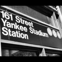 10/16/2012にMark G.がMTA Subway - 161st St/Yankee Stadium (4/B/D)で撮った写真