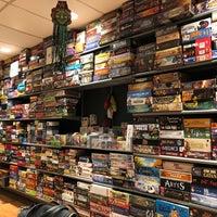 Foto diambil di Gameopolis oleh Irottare pada 10/27/2018