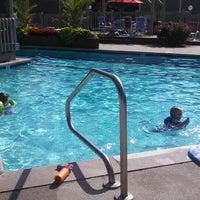 Снимок сделан в Windscape Pool пользователем Helen S. 6/20/2013