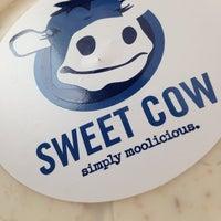 Foto scattata a Sweet Cow da Ashley D. il 12/7/2013