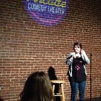 รูปภาพถ่ายที่ Arcade Comedy Theater โดย Aaron K. เมื่อ 1/11/2014