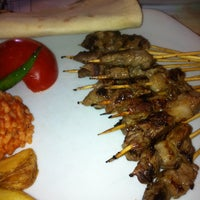 Foto diambil di Topçu Restaurant oleh Nazende Erdem pada 2/15/2013