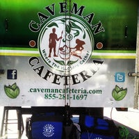 8/26/2013にWill W.がCaveman Cafeteria: Where The Hunters Gather!で撮った写真