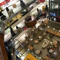 Das Foto wurde bei City's Nişantaşı von Cenk Y. am 12/31/2012 aufgenommen