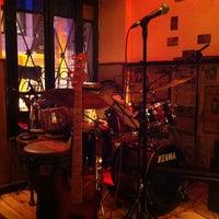 3/17/2013 tarihinde Nigar Ç.ziyaretçi tarafından 60 m2 Jazz Bar'de çekilen fotoğraf