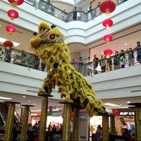 รูปภาพถ่ายที่ 1 Utama Shopping Centre (Old Wing) โดย WatieGabs เมื่อ 2/26/2013