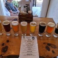 Foto tomada en Kauai Beer Company por Larry M. el 2/22/2020