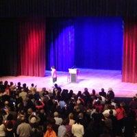 Foto tomada en Lisner Auditorium por Mitchell G. el 1/19/2013