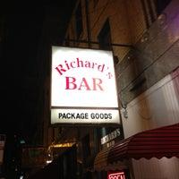 12/22/2012 tarihinde Jay F.ziyaretçi tarafından Richard's Bar'de çekilen fotoğraf