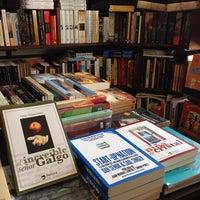 9/4/2014 tarihinde Flaca Leigh L.ziyaretçi tarafından MásKe Libros'de çekilen fotoğraf