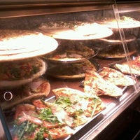 Снимок сделан в Pizza Poselli пользователем Miranda J. 3/15/2013