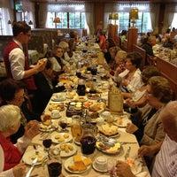 Foto scattata a Bela Vista Café Colonial da Leonardo S. il 11/30/2012