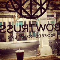 Foto tomada en Bow Truss Coffee  por Jake B. el 7/27/2013