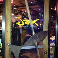 Das Foto wurde bei Jax Fish House Denver von Karen N. am 1/1/2013 aufgenommen