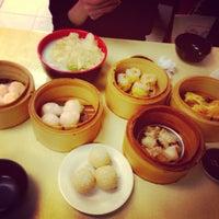 Снимок сделан в Wai Ying Fastfood (嶸嶸小食館) пользователем Arbie Q. 1/24/2013
