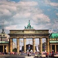 7/13/2013 tarihinde Arthur X.ziyaretçi tarafından Brandenburg Kapısı'de çekilen fotoğraf
