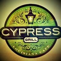 Photo prise au Cypress Grill par Paul D. le6/21/2013
