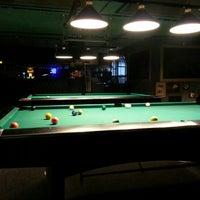 Das Foto wurde bei Pool Masters Pub von Nezir Ersoy A. am 2/6/2013 aufgenommen