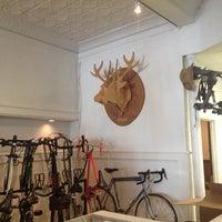7/8/2013にYung T.がTransit Bicycle Co.で撮った写真