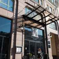 Photo prise au 11 Mirrors Design Hotel par Meltem B. le10/2/2019