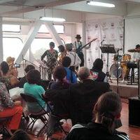 Photo prise au Instituto De La Juventud del Distrito Federal (INJUVE DF) par Luz María S. le6/27/2014