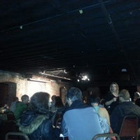 Photo prise au Comedy Underground par Deven H. le12/15/2012
