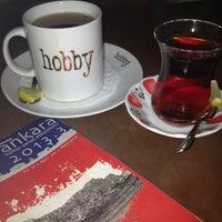 รูปภาพถ่ายที่ Hobby Cafe โดย Özlem E. เมื่อ 3/23/2013