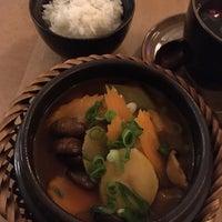 Das Foto wurde bei Hum vegan cuisine von Dayee am 9/13/2018 aufgenommen