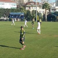 Foto tirada no(a) Fenerbahce Spor Okulları por Tuğba G. em 12/24/2013