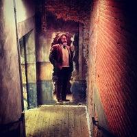 รูปภาพถ่ายที่ Teatro Franco Parenti โดย Viktor L. เมื่อ 12/16/2012