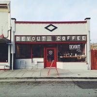 7/28/2014 tarihinde novy d.ziyaretçi tarafından Devout Coffee'de çekilen fotoğraf