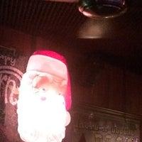 Foto tomada en Cherry Tavern por Dory M. el 12/20/2015