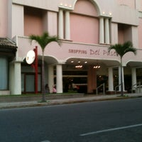 Das Foto wurde bei Shopping Del Paseo von Venicio M. am 3/4/2013 aufgenommen
