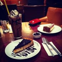 1/5/2013 tarihinde Ceyhun A.ziyaretçi tarafından Kahve Dünyası'de çekilen fotoğraf