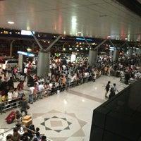 Photo prise au Tan Son Nhat International Airport par Anh T. le3/1/2013