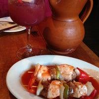 Foto scattata a Tasca Spanish Tapas Restaurant & Bar da Charles C. il 6/1/2013