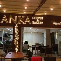 6/14/2013 tarihinde Sinasi A.ziyaretçi tarafından Anka Coffee and Bakery'de çekilen fotoğraf