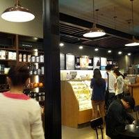 10/14/2012에 John D.님이 Starbucks에서 찍은 사진
