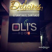 รูปภาพถ่ายที่ Oli's Room โดย Francisco V. เมื่อ 2/2/2013