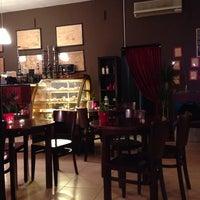 Снимок сделан в Кафе-кальянная Шива пользователем Z D. 10/4/2013