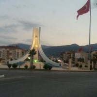 9/21/2013 tarihinde Ugur A.ziyaretçi tarafından Albayrak Meydanı'de çekilen fotoğraf