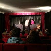 11/27/2014 tarihinde Baha G.ziyaretçi tarafından Yutt Sanat (Yol Ufka Tiyatro Topluluğu)'de çekilen fotoğraf