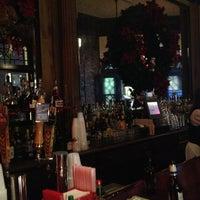 Das Foto wurde bei Tujague's Restaurant von Bryan D. am 12/18/2012 aufgenommen